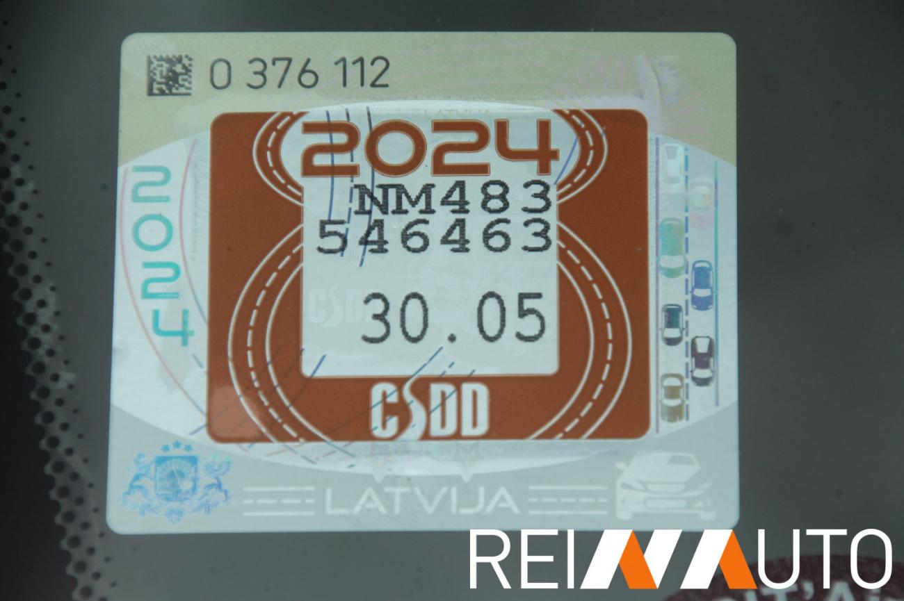 Volvo XC70 Silver